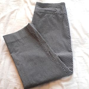 SC & Co Size 10 Cropped Pants Black and White